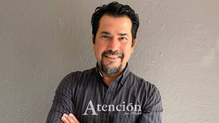 Miguel Ángel Morales, Curador de Arte en La Biblioteca