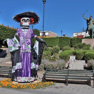Alebríjes, Catrinas, Offerings, Festivities and COVID-19