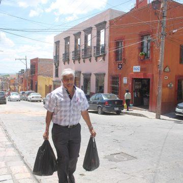 """Characters of San Miguel: Manuel """"El Motor"""" López Ríos"""