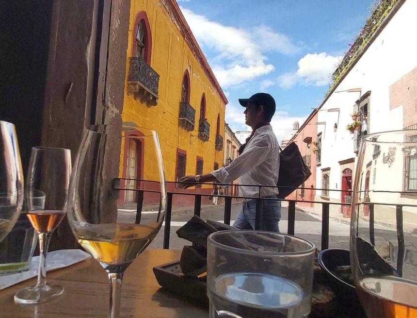 Turismo a la baja: el sector industrial entrando al quite