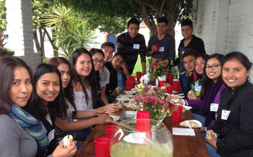 Jóvenes Adelante Offers a Future of Hope via Education