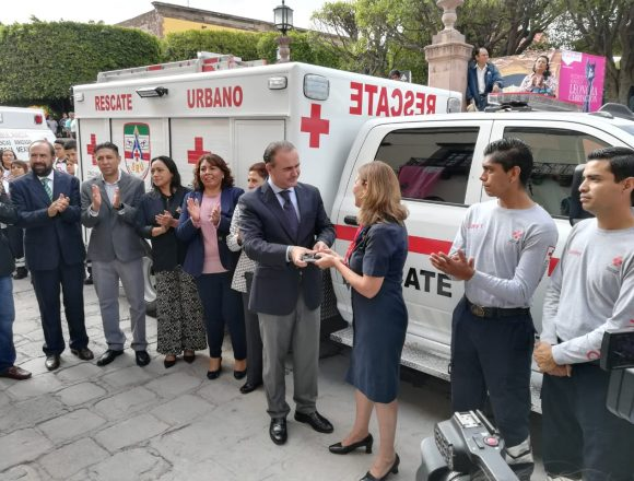 Perfect Day: Leticia Fernández De Noyola, president of the Red Cross council