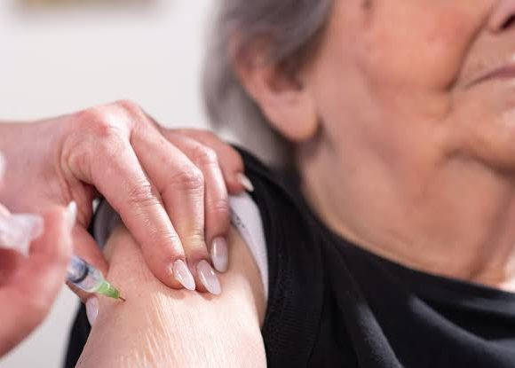Federal Government Opens COVID Vaccination Registration for Older Adults