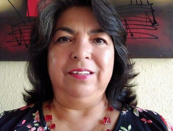 Agustina Morales of Movimiento Ciudadano congratulates Mauricio Trejo