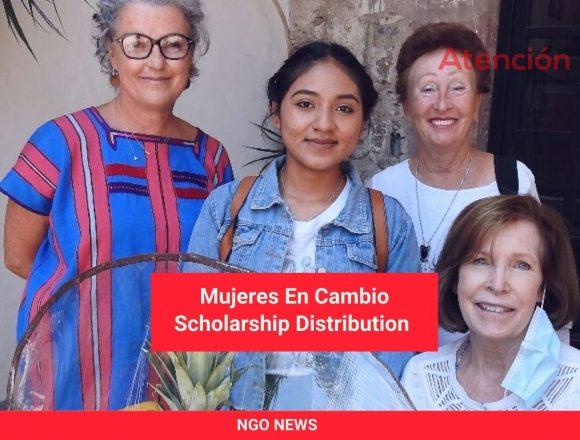 Mujeres En Cambio Scholarship Distribution